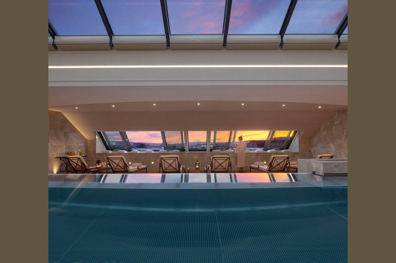 Four Seasons Hotel Des Bergues Geneva- Spa Mont Blanc & Izumi Restaurant Image 12